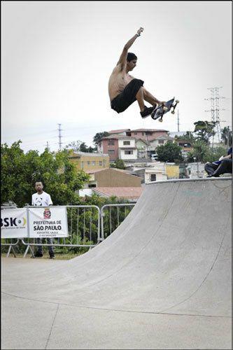 Guilherme-kedinha_FS-Air_R.jpg