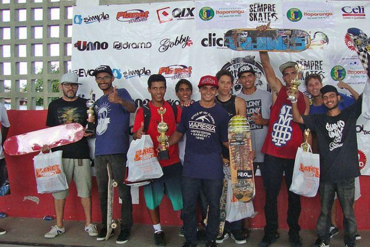 Suênio Campos vence terceira etapa do Sergipano de Skate em Itaporanga